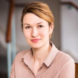 Eva Marlene Hausteiner
