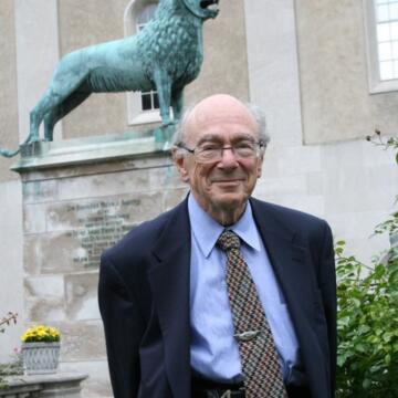 Stanley Hoffmann