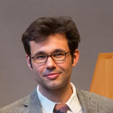 Alex Csiszar