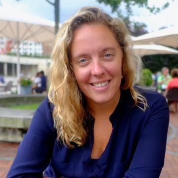 Laura Falloon